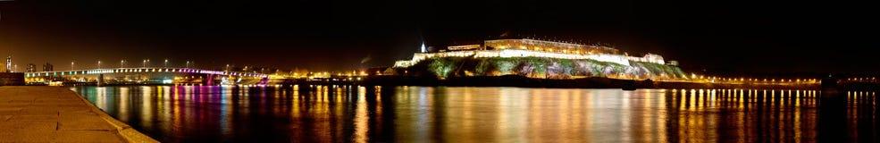 Panorama da fortaleza de Petrovaradin em Novi Sad, Sérvia imagem de stock