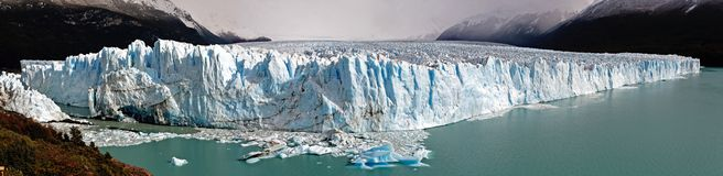 Panorama da geleira de Perito Moreno Imagens de Stock