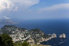 Panorama da ilha de Capri de Monte Solaro, em Anacapri Imagem de Stock