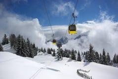 Panorama da montanha, cena do inverno Imagens de Stock