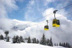 Panorama da montanha, cena do inverno Imagens de Stock Royalty Free