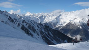 Panorama da montanha do inverno Fotografia de Stock Royalty Free