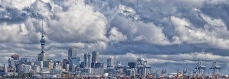 Panorama da opinião da arquitetura da cidade de Auckland Nova Zelândia imagens de stock royalty free