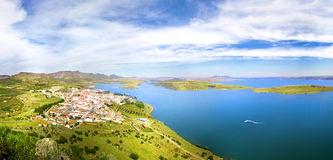 Panorama da paisagem, Alange, Espanha Foto de Stock Royalty Free