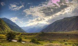 Panorama da paisagem de Elbrus imagens de stock royalty free