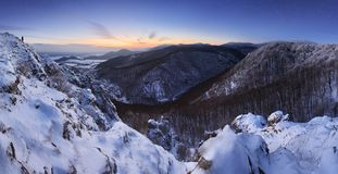 Panorama da paisagem do país de Eslováquia no inverno fotografia de stock