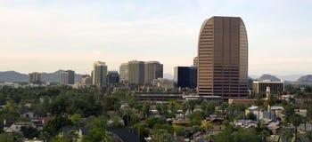 Panorama da parte alta da cidade de Phoenix da tarde imagem de stock royalty free