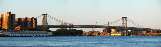Panorama da ponte de New York City Williamsburg Imagem de Stock Royalty Free