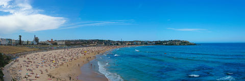 Panorama da praia de Bondi - Austrália Fotografia de Stock Royalty Free