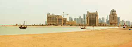 Panorama da praia de Qatar fotografia de stock royalty free