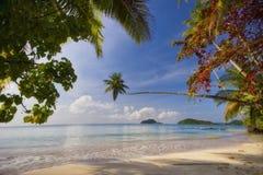 Panorama da praia do valor máximo de concentração no trabalho do Koh Fotografia de Stock Royalty Free