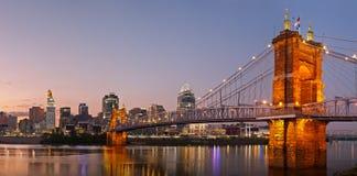 Panorama da skyline de Cincinnati. foto de stock