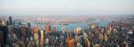 Panorama da skyline de Manhattan Fotografia de Stock Royalty Free