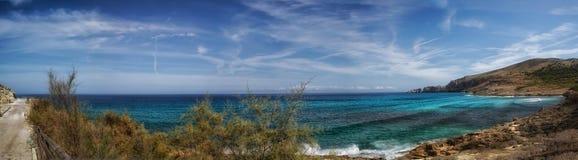 Panorama da una baia Cala Mequida Immagini Stock