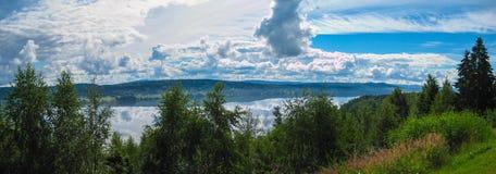 Panorama Dalarna do lago, Suécia fotos de stock royalty free