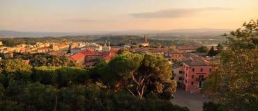 Panorama dans l'horizontal de Pérouse - de l'Italie Images libres de droits