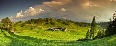Panorama das montanhas Fotos de Stock Royalty Free