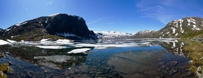 Panorama das montanhas em Noruega Fotos de Stock Royalty Free