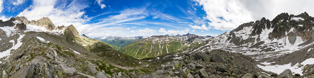 Panorama de 360 montanhas Fotos de Stock Royalty Free