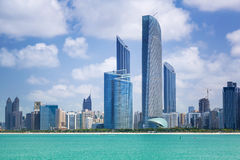 Panorama de Abu Dhabi, UAE Fotografía de archivo libre de regalías