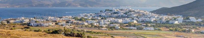 Panorama de Adamantas, Milos isla, Grecia Fotografía de archivo