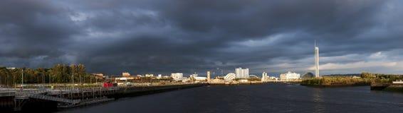 Panorama de alta resolución del río Clyde en Glasgow Imagenes de archivo