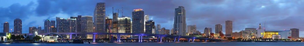 Panorama de alta resolución, Miami céntrica la Florida Foto de archivo libre de regalías