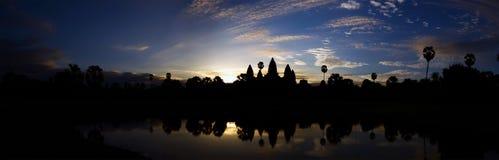 Panorama de Angkor Wat imagen de archivo libre de regalías