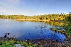 Panorama de baie de lacs autumn Image libre de droits