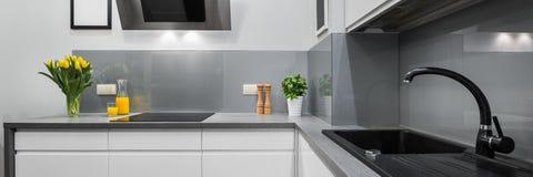 Panorama de bancadas da cozinha Fotografia de Stock