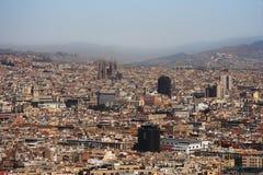 Panorama de Barcelone avec Sagrada Familia Images libres de droits
