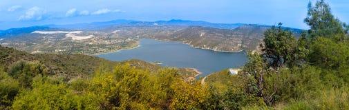 Panorama de barrage de Kurium, Chypre Photographie stock libre de droits