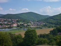 Panorama de Bohemia central de un puesto de observación sobre ciudad del beroun Imagenes de archivo