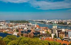Panorama de Budapest del bastión del pescador fotografía de archivo