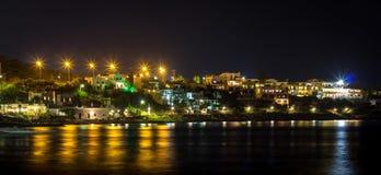 Panorama de côte de nuit de la Grèce Images libres de droits