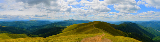 Panorama de Carpathians imagem de stock royalty free