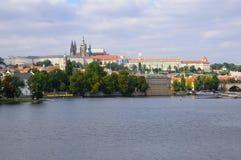 Panorama de château de Prague Photo stock