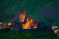 Panorama de château et de ville de Cochem d'en haut Images libres de droits