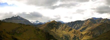 Panorama de chaîne de montagne Photographie stock libre de droits
