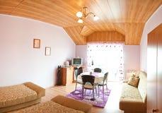 Panorama de chambre à coucher d'hôtel Images stock