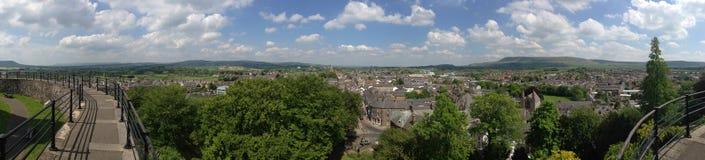 Panorama de Clitheroe e do campo inglês Imagem de Stock Royalty Free