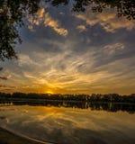 Panorama de coucher du soleil de lac Igliskes Image stock