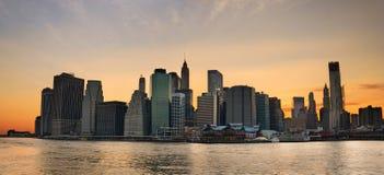 Panorama de coucher du soleil de New York City images libres de droits