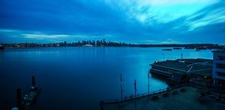 Panorama de crépuscule de Vancouver Photo libre de droits
