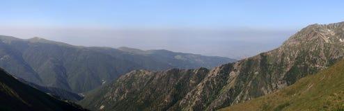 Panorama de crêtes de montagne image libre de droits
