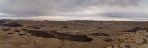 Panorama de désert en cratère d'Israel Ramon Images libres de droits