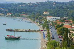 Panorama de Dassia, Corfu imagens de stock royalty free