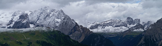 Panorama de dolomites Photos stock