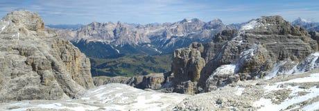 Panorama de dolomites dos cumes imagens de stock royalty free
