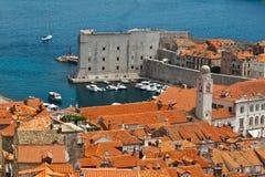 Panorama de Dubrovnik de las paredes de la ciudad Fotografía de archivo libre de regalías